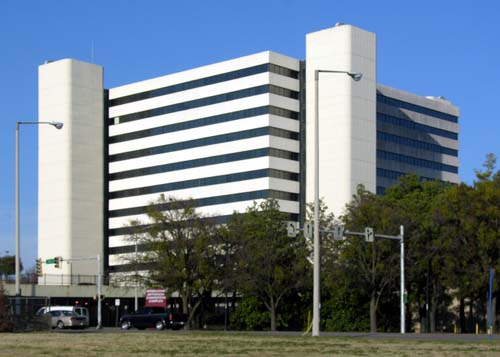 Social_Security_Building_(1974)